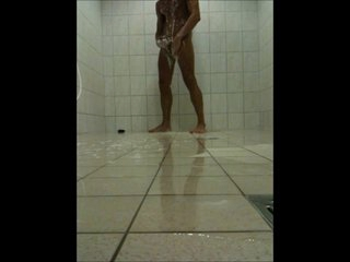 Teen Chum wanking in a Public Shower