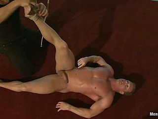 Derek Pain - The only opponent bodybuilder wide the world who could handle the one leg suspension.