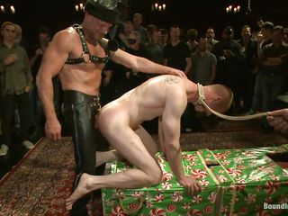 A comme ci gay is being humiliated with the addition of bore spanked. They laugh with the addition of he can't feel more humiliated the he is now. With rope around his neck our pretty blond boy moans while getting brutally bore fucked by that big guy. The crowd loves it with the addition of so do we so keep on watching this cutie spanked, fucked with the addition of humiliated.